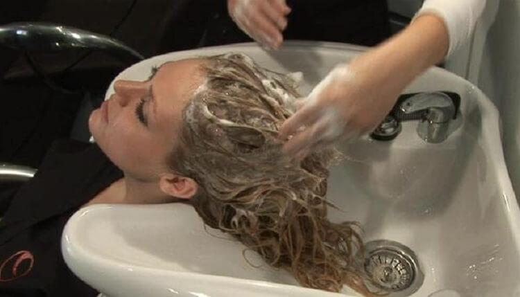 shampoo after hair transplant